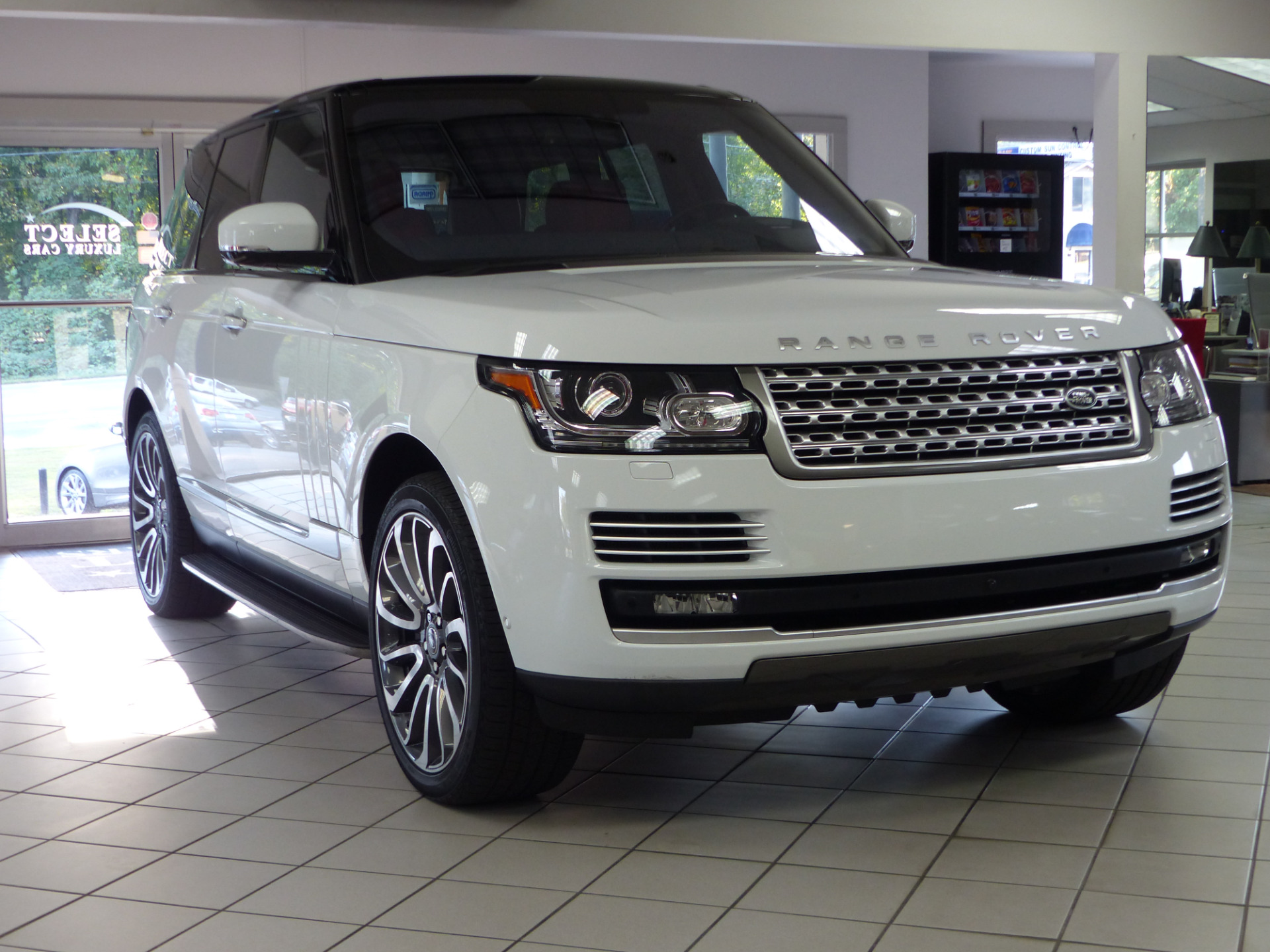 used 2016 land rover range rover 5 0l v8 supercharged autobiography marietta ga. Black Bedroom Furniture Sets. Home Design Ideas
