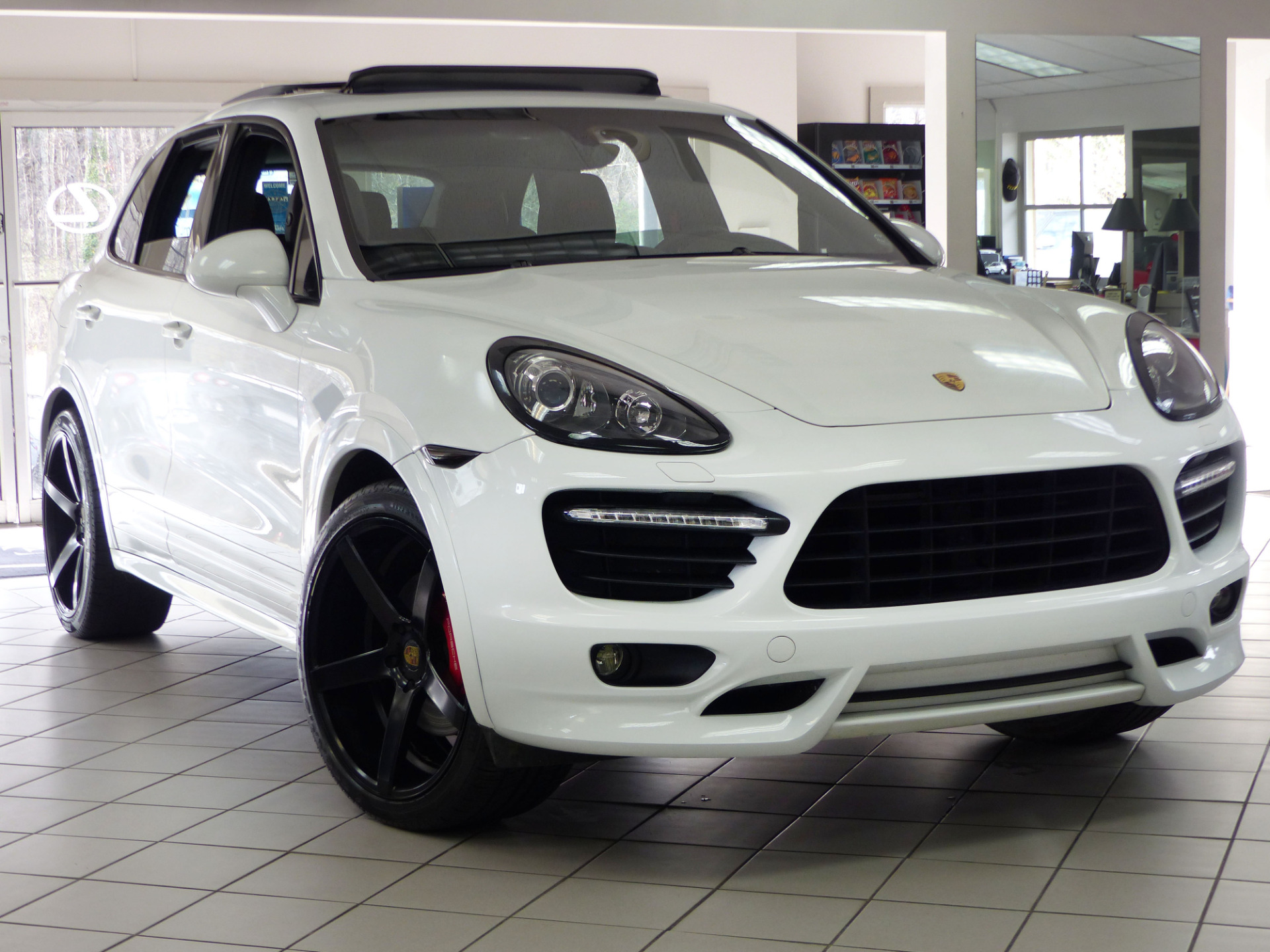 used 2014 porsche cayenne gts marietta ga. Black Bedroom Furniture Sets. Home Design Ideas