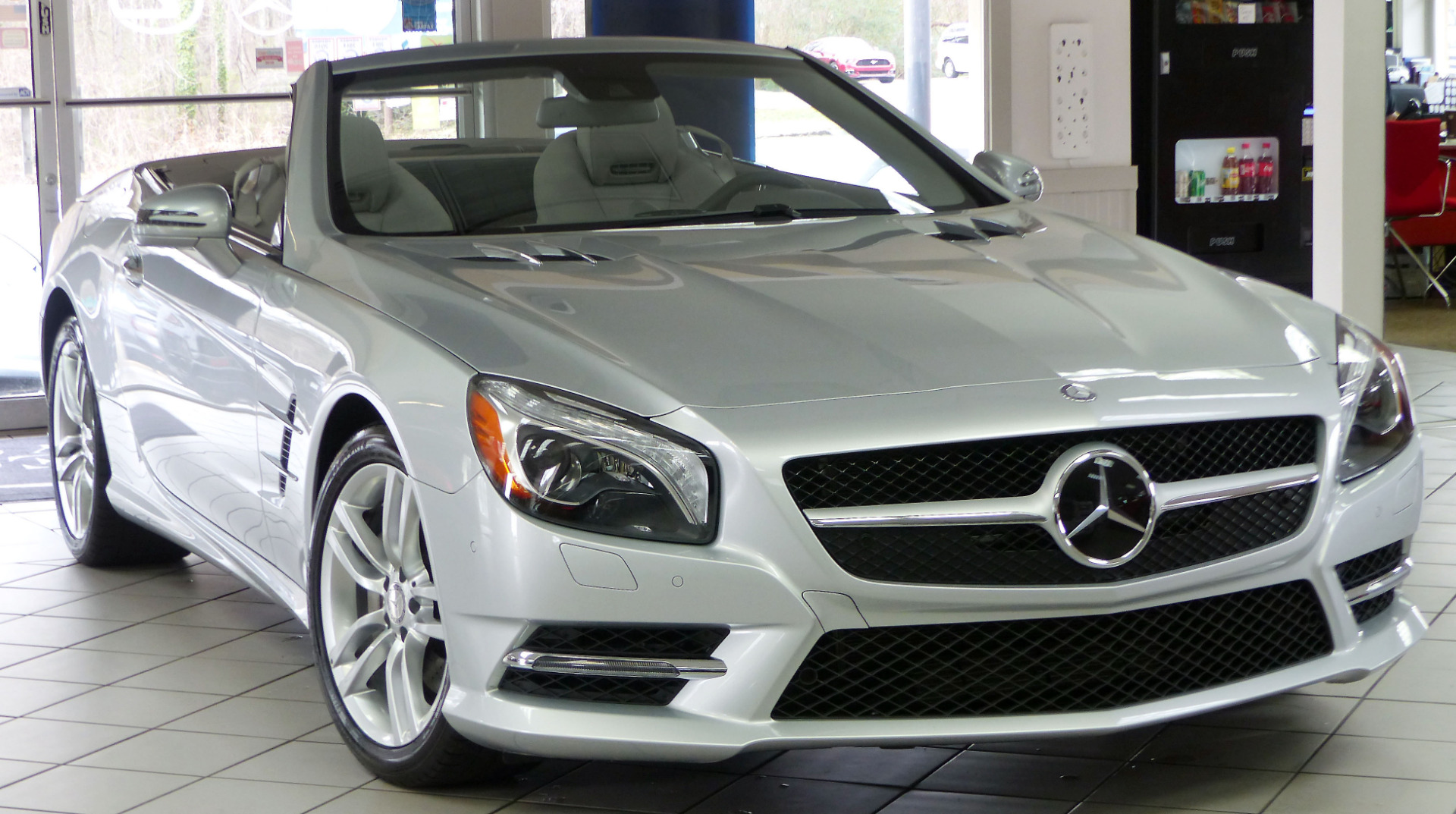 Used 2015 mercedes benz sl class sl550 cabriolet for Mercedes benz sl550 used