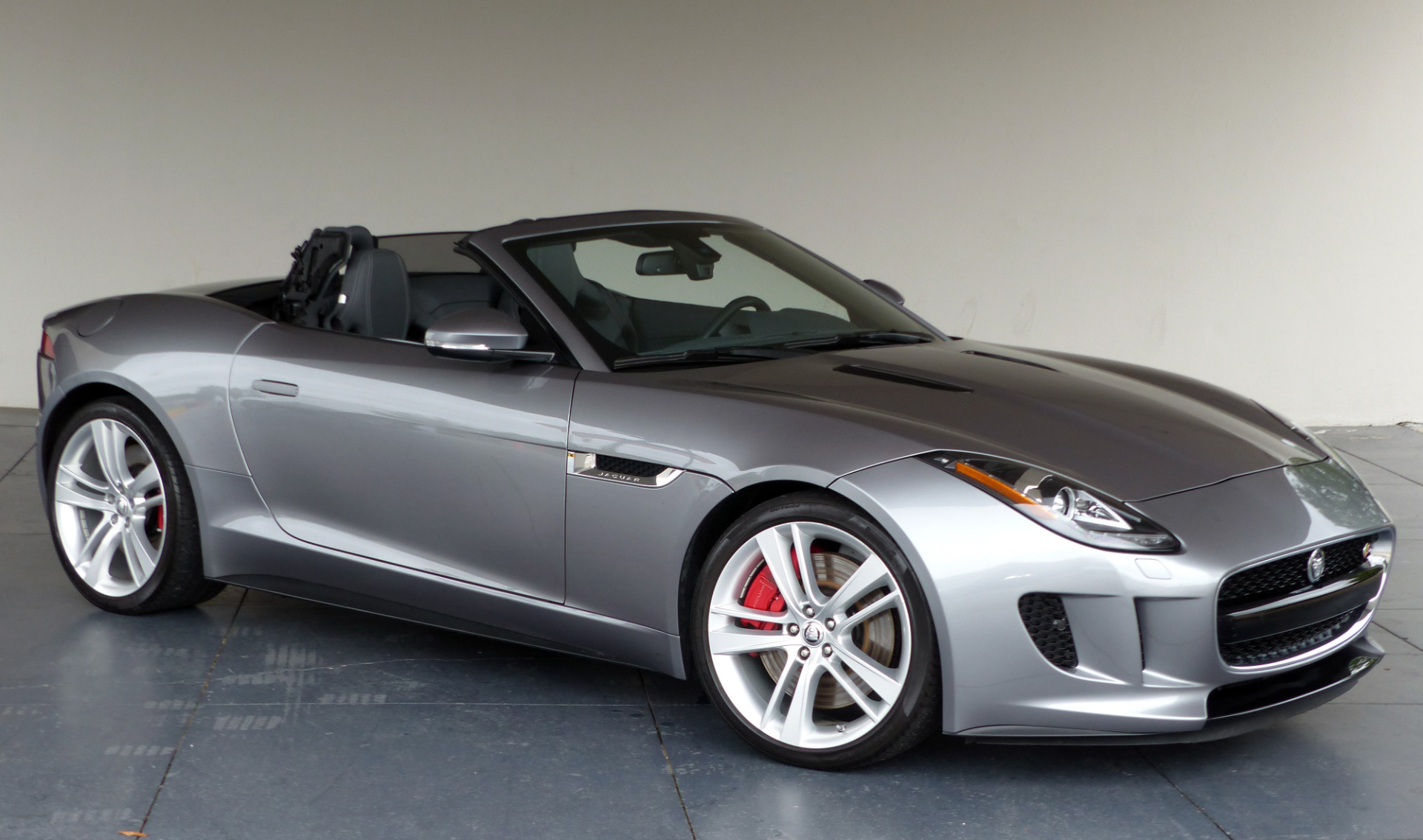 used 2014 jaguar f type v8 s marietta ga. Black Bedroom Furniture Sets. Home Design Ideas