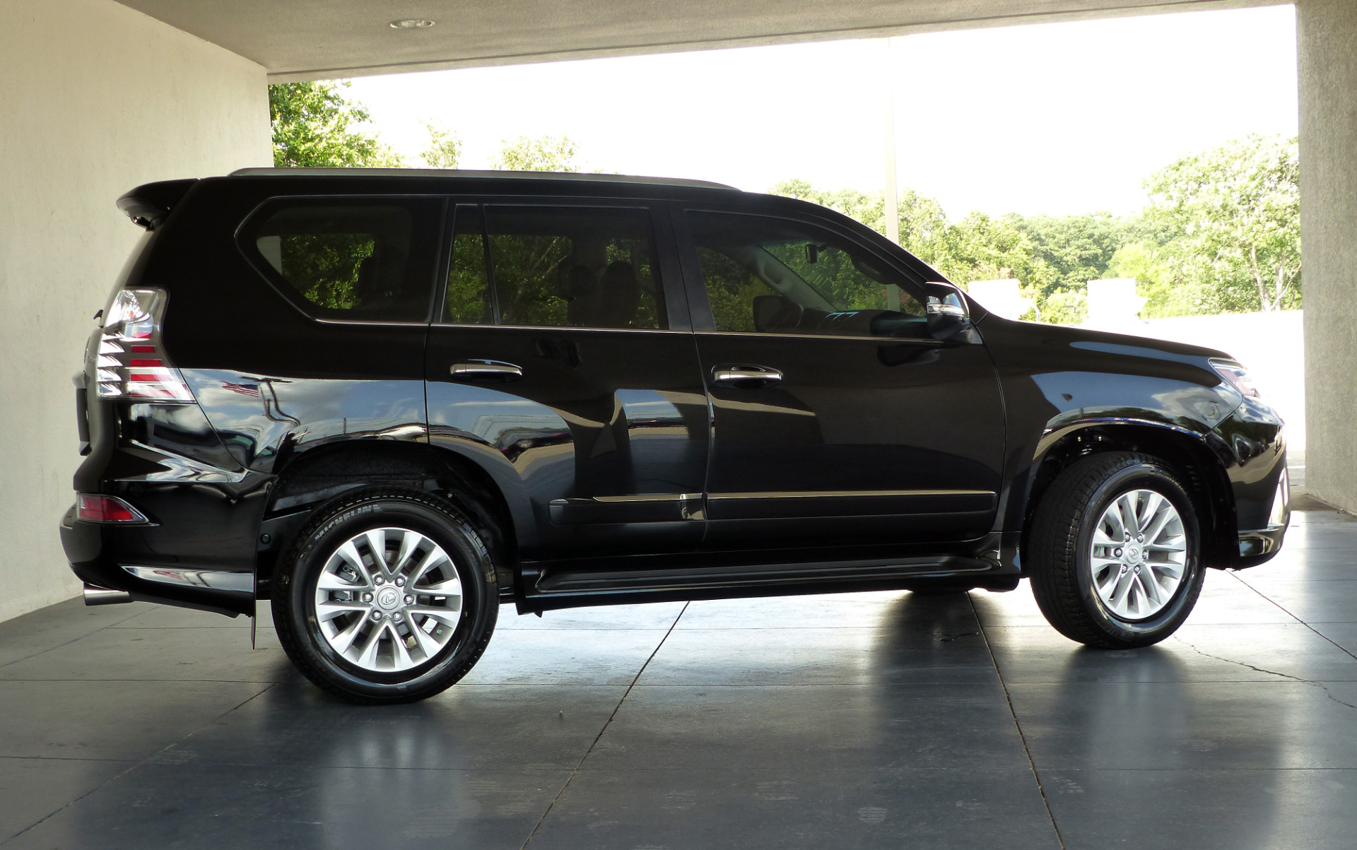 2015 lexus gx for sale with photos carfax. Black Bedroom Furniture Sets. Home Design Ideas