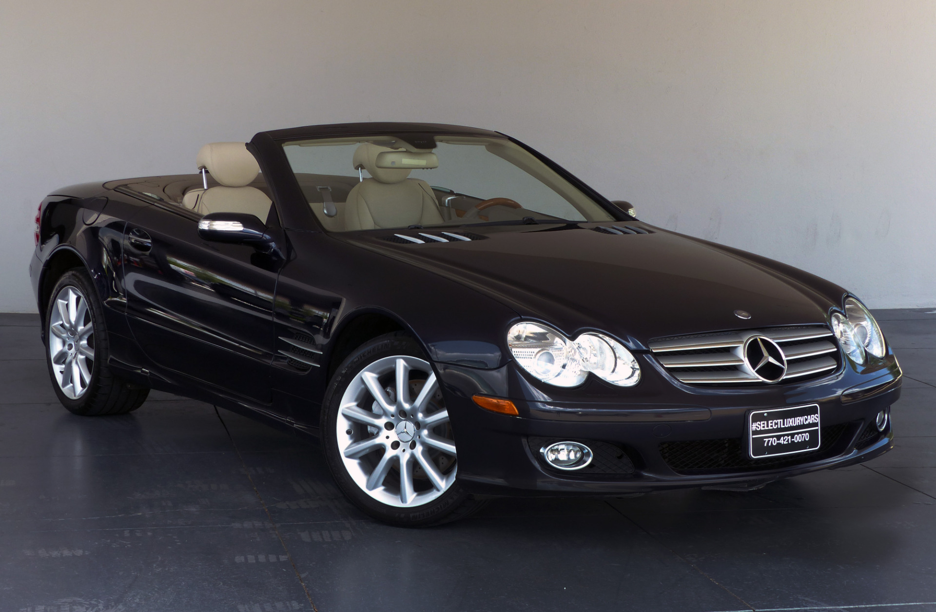 used 2007 mercedes benz sl class sl550 cabriolet. Black Bedroom Furniture Sets. Home Design Ideas