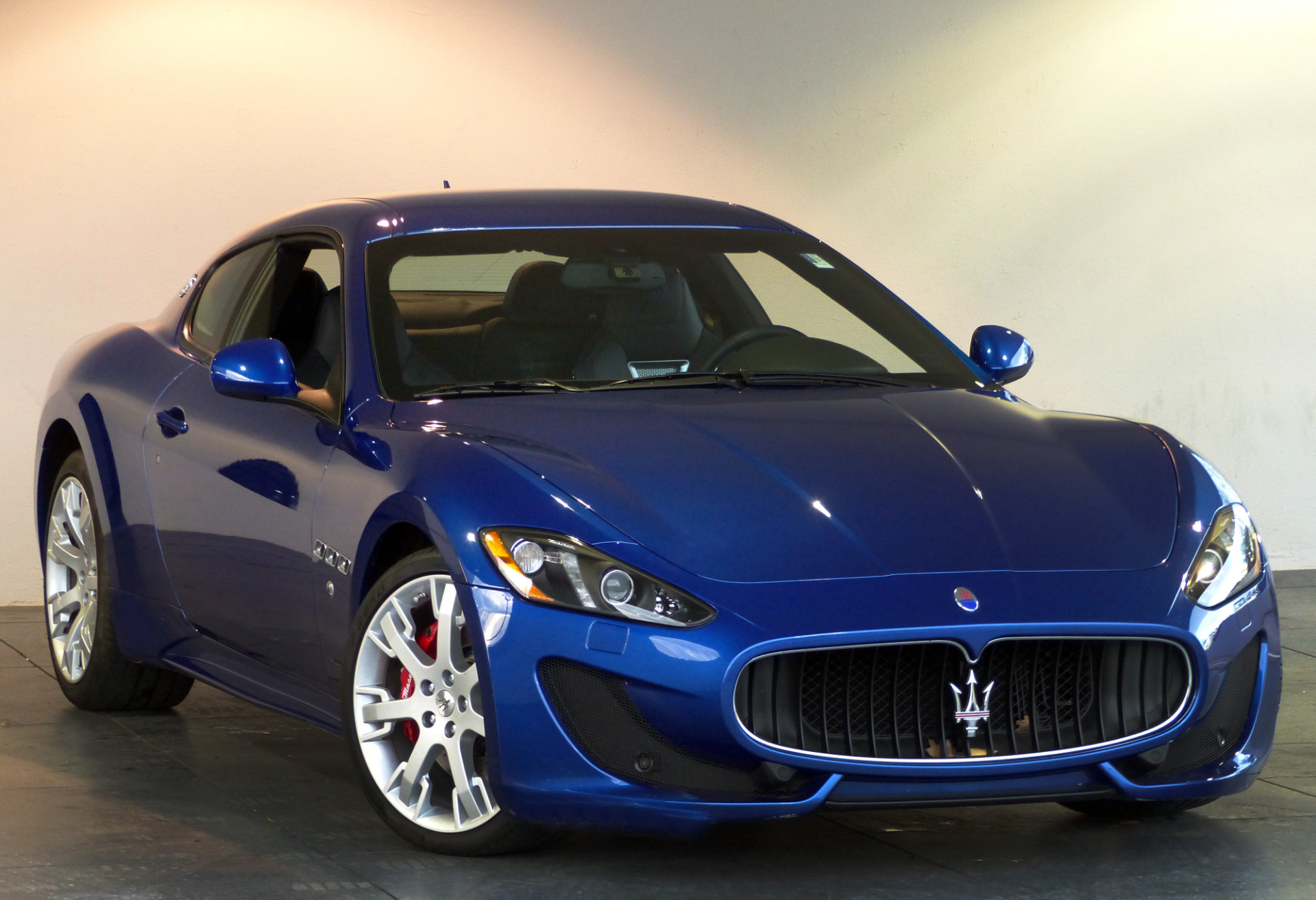 used 2016 maserati granturismo sport marietta ga. Black Bedroom Furniture Sets. Home Design Ideas