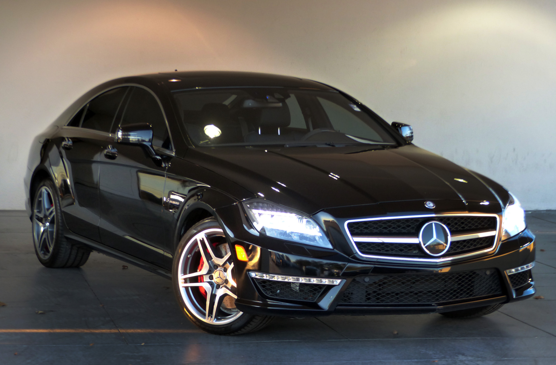 used 2014 mercedes benz cls cls 63 amg marietta ga. Black Bedroom Furniture Sets. Home Design Ideas