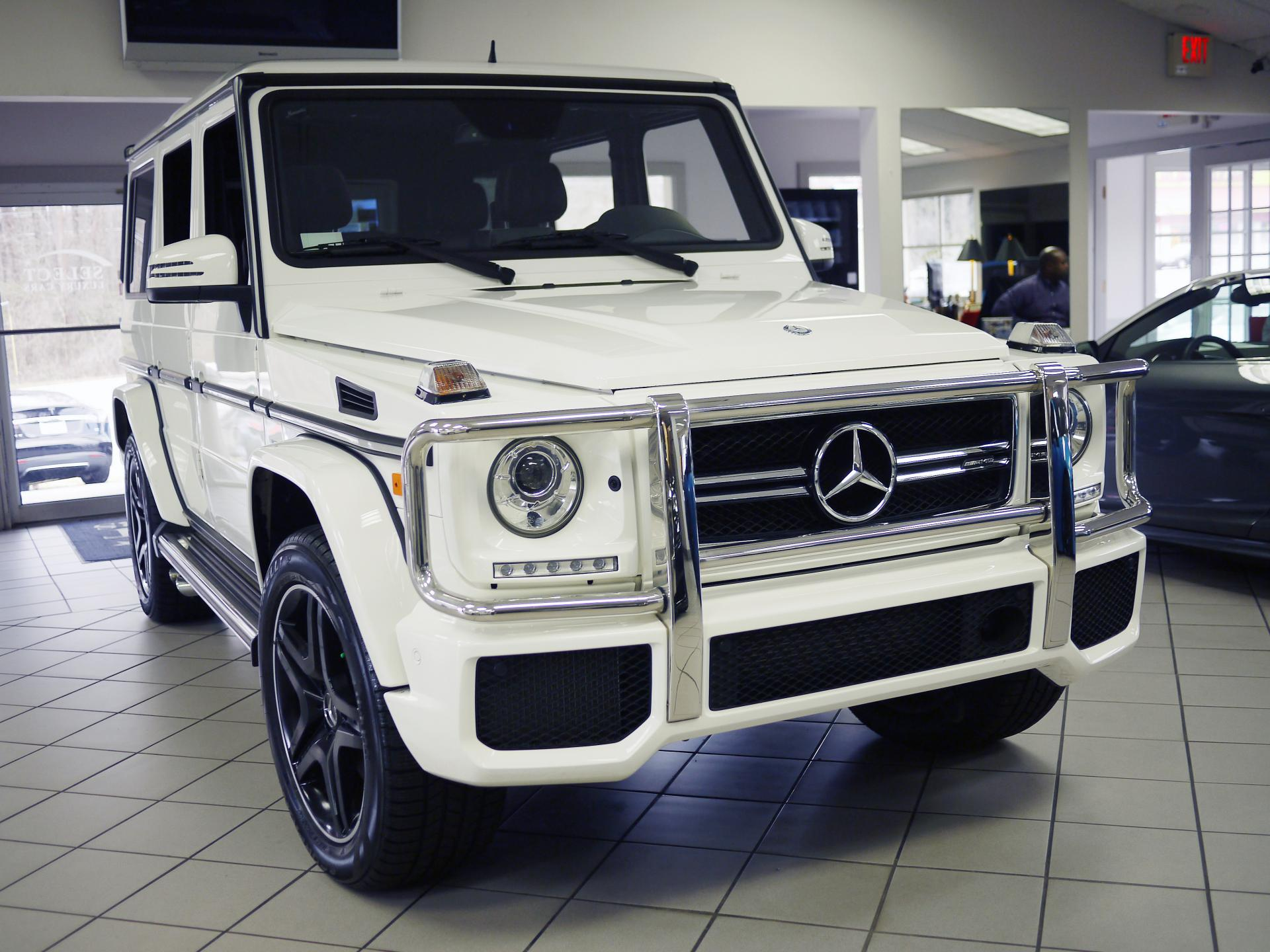 Mercedes g wagon white the wagon for Mercedes benz g wagon g63