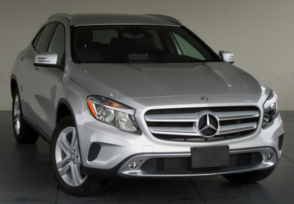 2016-Mercedes-Benz-GLA