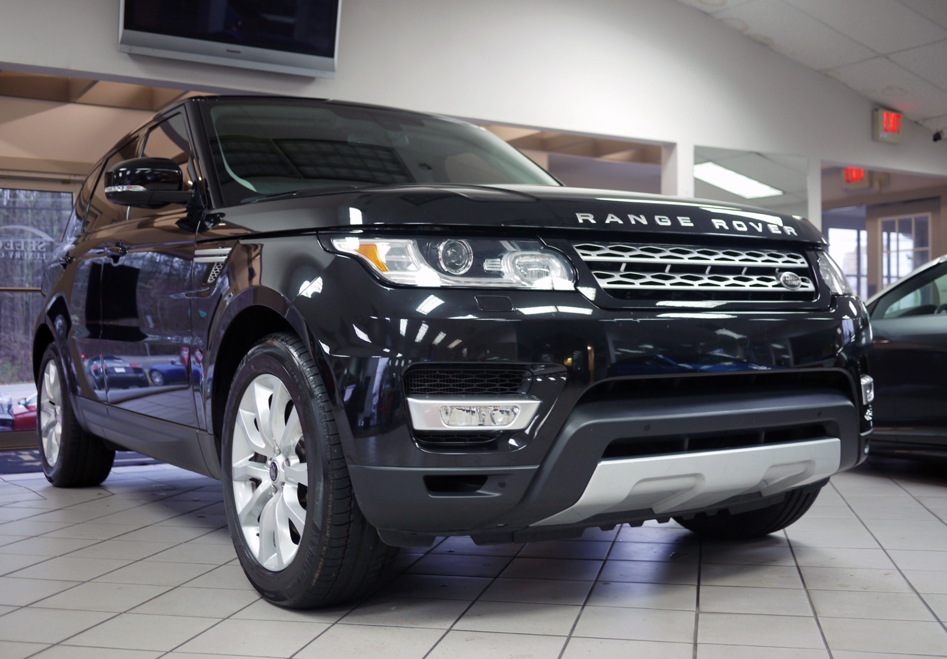 used 2014 land rover range rover sport 5 0l v8. Black Bedroom Furniture Sets. Home Design Ideas