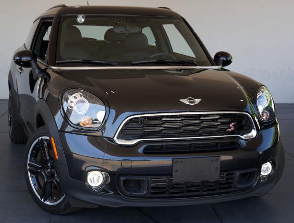Luxury Vehicle: Select Luxury Cars