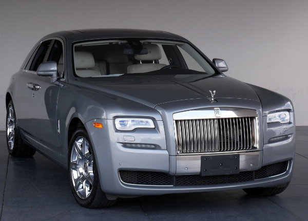 2015-Rolls-Royce-Ghost