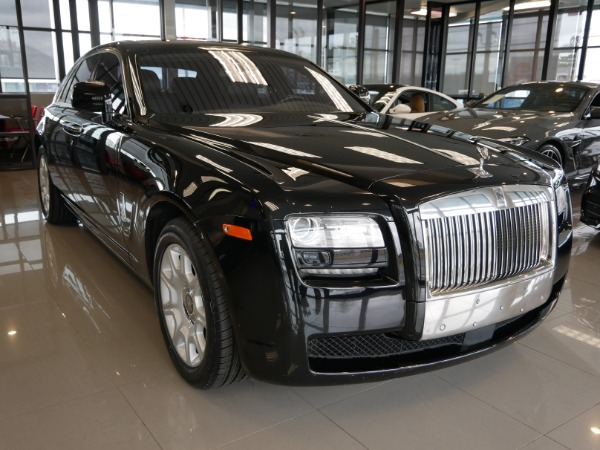 2011-Rolls-Royce-Ghost