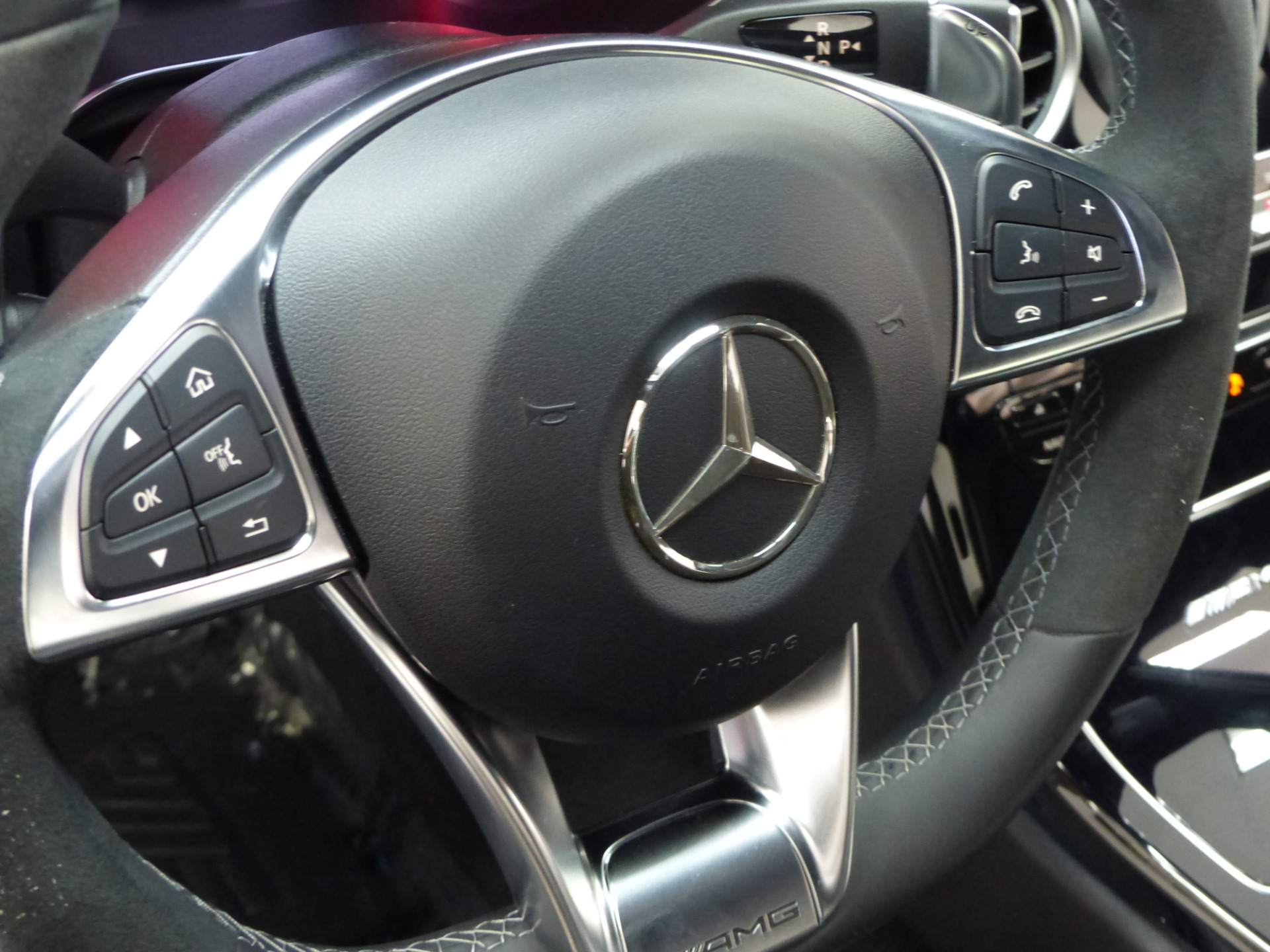 Mercedes W Electronic Trunk Closer Option